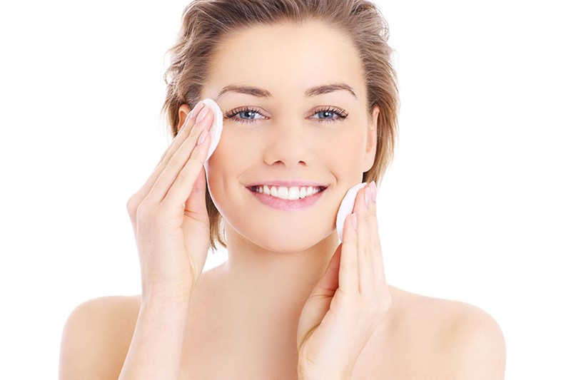 5-Minute-Skincare-Regimen-For-The-Busy-and-The-Lazy-1