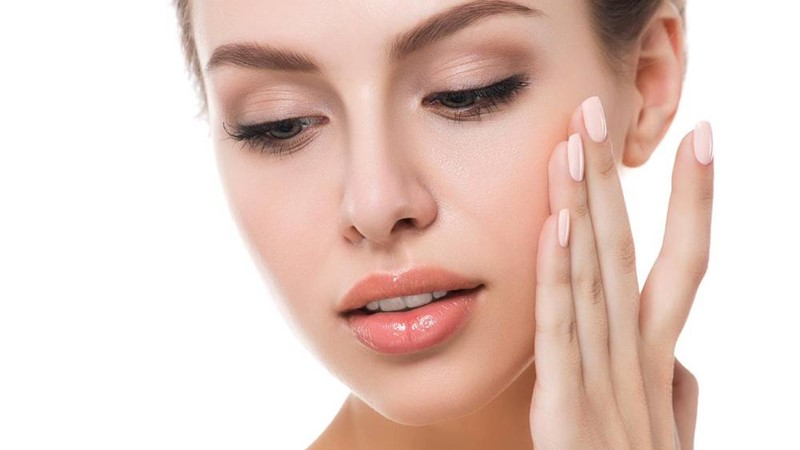 5-Minute-Skincare-Regimen-For-The-Busy-and-The-Lazy