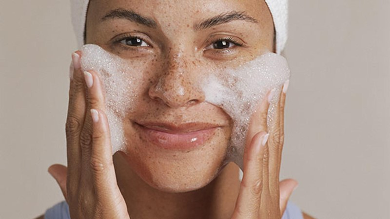 Best-Luxury-Cleansers-For-Every-Skin-Type