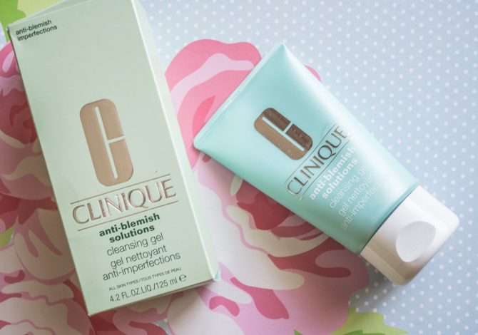 Clinique-Anti-Blemish-Solutions-Cleansing-Gel