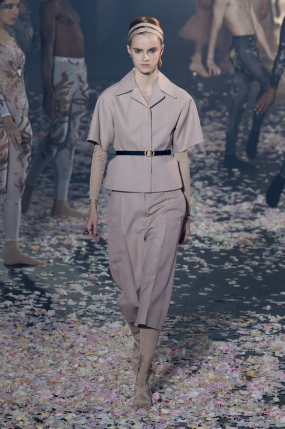 Christian-Dior-Spring-Summer-2019-Ready-to-Wear-Collection