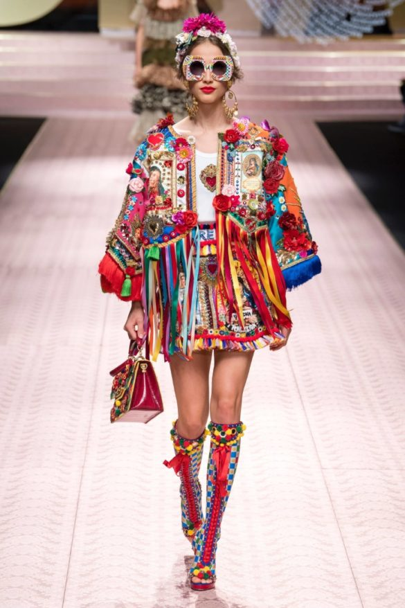 488b304833 Dolce & Gabbana Spring Summer 2019 Ready-to-Wear Collection