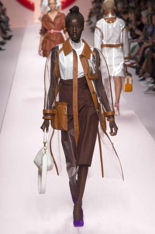 cd5dfbb5a29 Fendi Spring Summer 2019 Women s Ready-to-Wear Collection - Milan