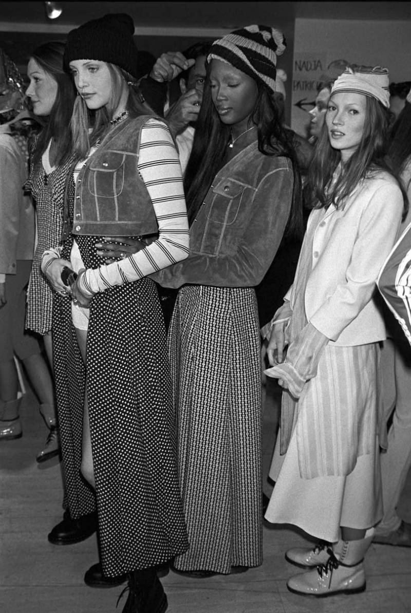 Marc-Jacobs-Revives-His-Controversial-90s-Grunge-Collection-3