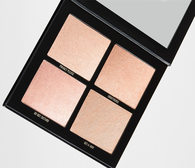 The-Wet-Set-Pressed-Illuminating-Powder-1
