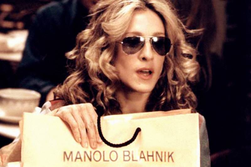 Remember-This-Manolo-Blahnik-Re-Releases-Carrie-Bradshaw's-Blue-Heels-1