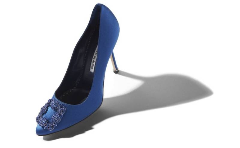 Remember-This-Manolo-Blahnik-Re-Releases-Carrie-Bradshaw's-Blue-Heels-3