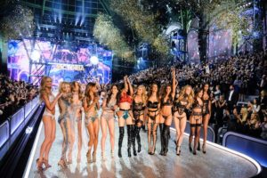 Victoria's-Secret-Faces-Backlash-Amid-Exec's-Comments-on-Inclusivity-Featured-Image