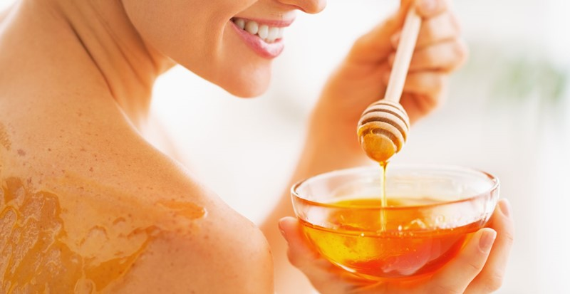 Best-Luxury-Skin-Care-Products-With-Honey-For-A-Smoother-Softer-and-Clearer-Skin-1