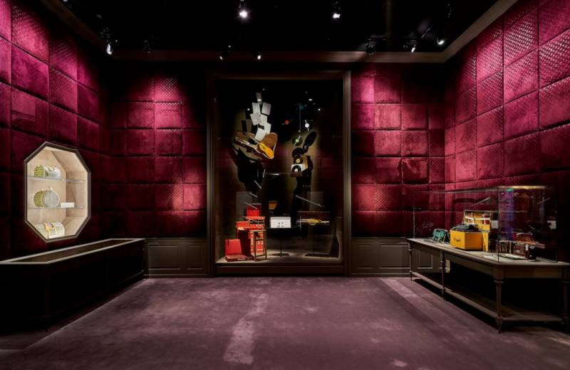 Louis-Vuitton's-Volez-Voguez-Voyagez-Exhibition-is-Now-in-Shanghai-3