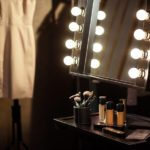 A-Beauty-Glam-Must-Have-7-Most-Luxurious-Light-Up-Makeup-Mirrors-Featured-Image