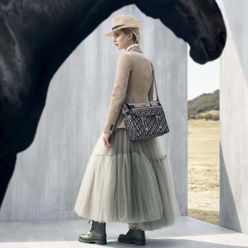 Dior-Celebrates-Female-Mexican-Equestrians...-With-Jennifer-Lawrence-11