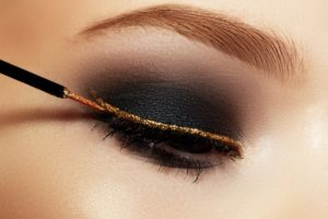 All-About-That-Sparkle-10-Best-High-end-Glitter-Eyeliners-Featured-Image