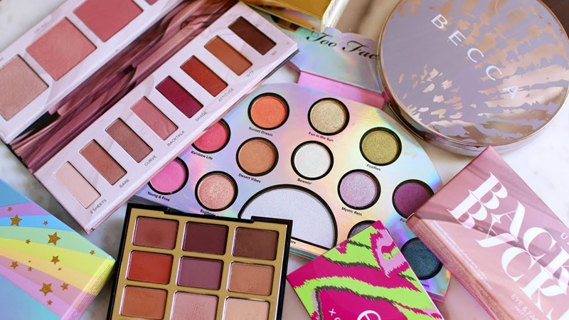 Get-Even-More-Excited-for-Festivities-with-These-Holiday-Makeup-Palettes