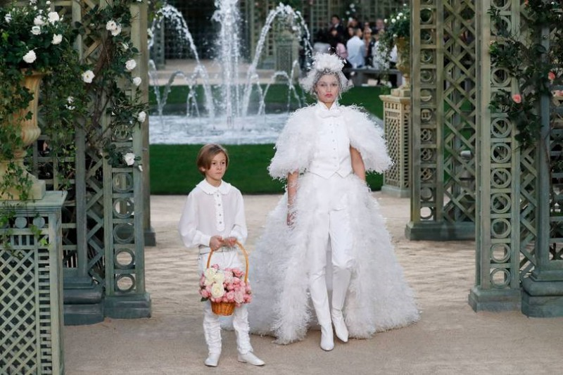 Deep-Dive-Into-Chanel-With-An-Upcoming-Netflix-Docuseries-9