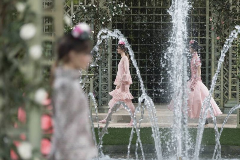 Deep-Dive-Into-Chanel-With-An-Upcoming-Netflix-Docuseries-10