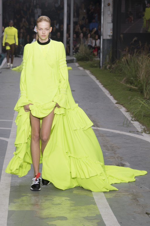 Off-White-Spring-Summer-2019-Ready-to-Wear-Collection-Paris