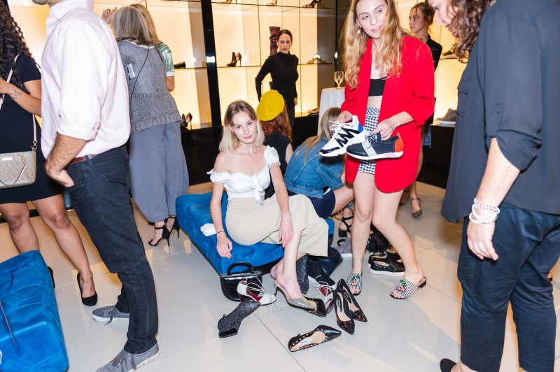 Payless-Dupes-Influencers-Into-Paying-600-For-Their-Shoes-By-Pulling-Palessi-Stunt-5