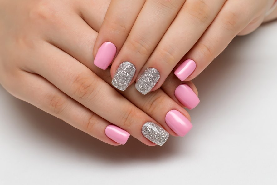 Newest Nail Trend Dip Powder Manicures