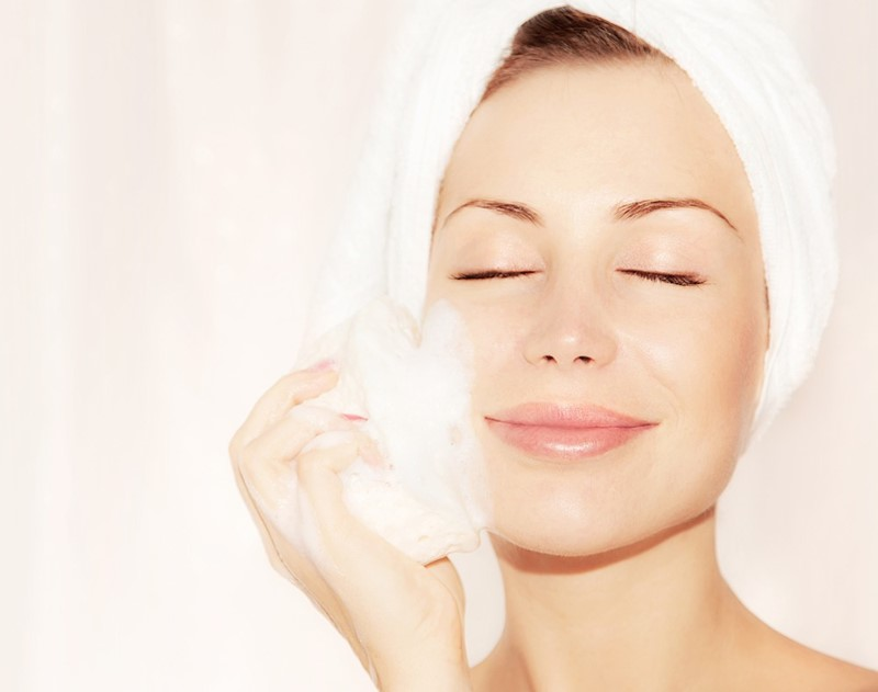 What-You-Need-to-Know-About-Exfoliating-For-Your-Skin-Type-3