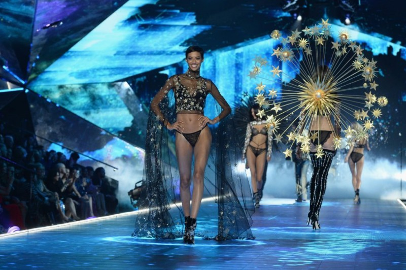 Victoria's-Secret-Fashion-Show-Takes-A-Staggering-Drop-In-Viewership-This-Year-6