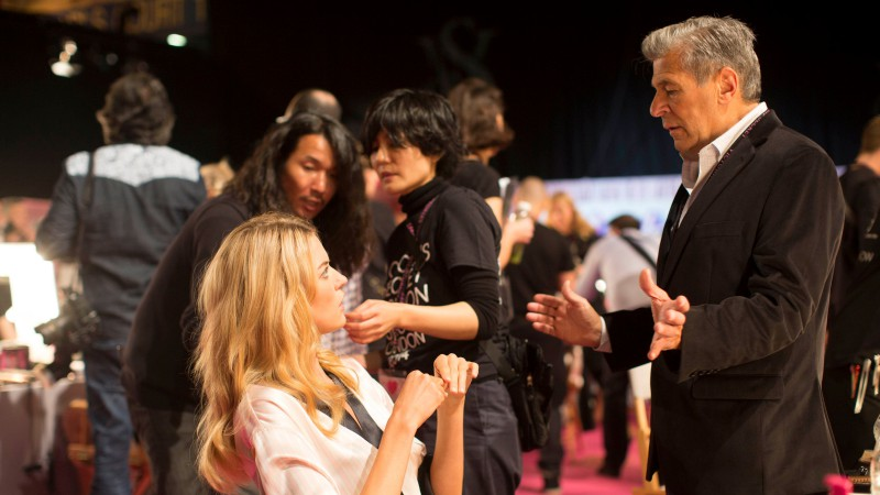 Victoria's-Secret-Fashion-Show-Takes-A-Staggering-Drop-In-Viewership-This-Year-8