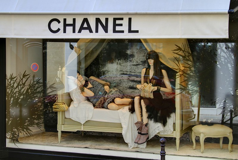 Chanel-Takes-The-Fur-Free-Direction-6