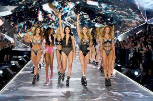 Victoria's-Secret-Fashion-Show-Takes-A-Staggering-Drop-In-Viewership-This-Year-Featured-Image