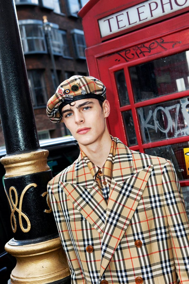 Burberry-x-Vivienne-Westwood-Is-A-Celebration-Of-British-Style-7