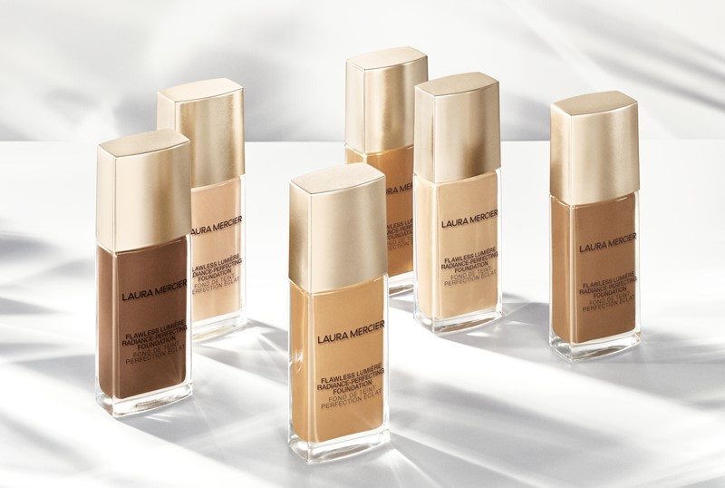Laura-Mercier-Flawless-Lumière-Radiance-Perfecting-Foundation1