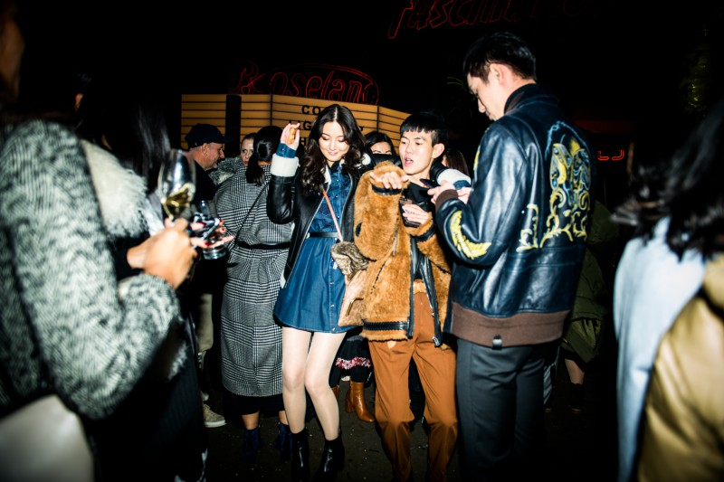 Coach-Did-Not-Hold-Back-With-Retro-In-Shanghai-13