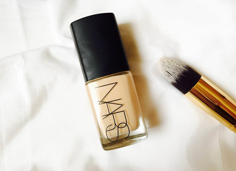 Nars-Sheer-Glow-Foundation