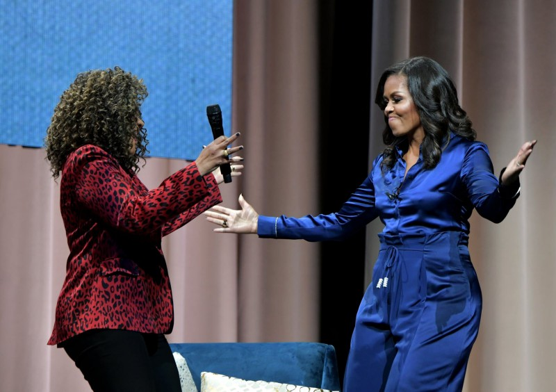 Here's-The-Sparkly-Balenciaga-Boots-Michelle-Obama-Wore-That-Had-Us-Talking-7