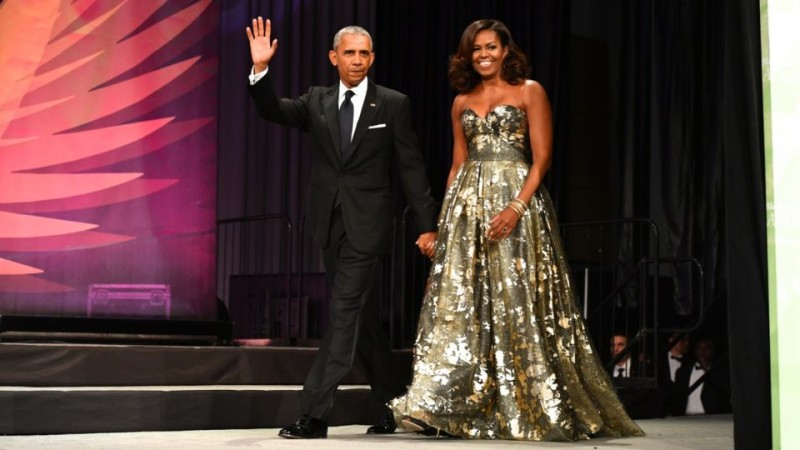 Here's-The-Sparkly-Balenciaga-Boots-Michelle-Obama-Wore-That-Had-Us-Talking-11