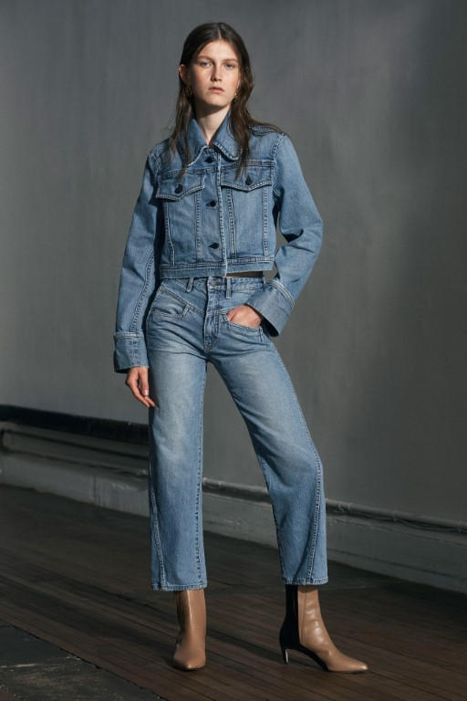 Colovos-Resort-2019-Collection-New-York