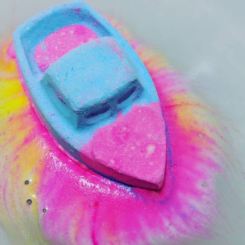 Love-Boat-Bath-Bomb